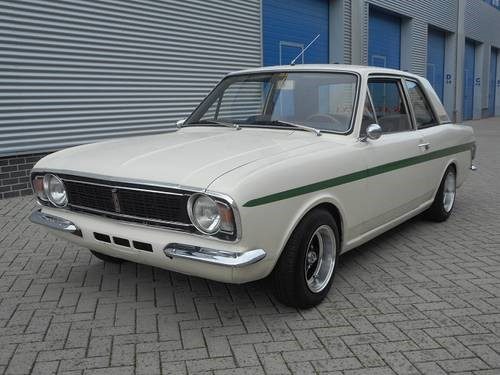 12. Cortina Lotus Mk 2