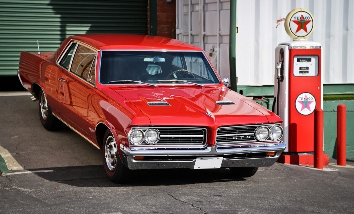 12. Pontiac-GTO-RED