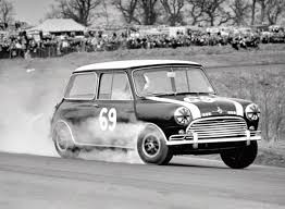 Mini Smoking the outer wheel