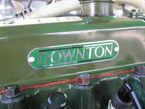 Downton Rocker Cover